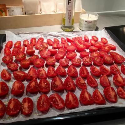 gedroogde tomaatjes_ontroerendlekker.nl