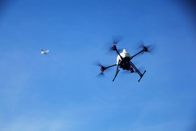 onyxstar xena 8f coax foldable pliable drone uav uas air traffic aircraft 1 - Contact