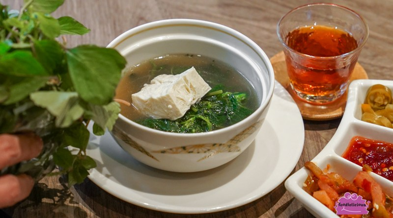 Si Chuan Dou Hua – New Wellness Menu features Organic Ingredients like Ripe Cabbage & Mustard Green Flowers