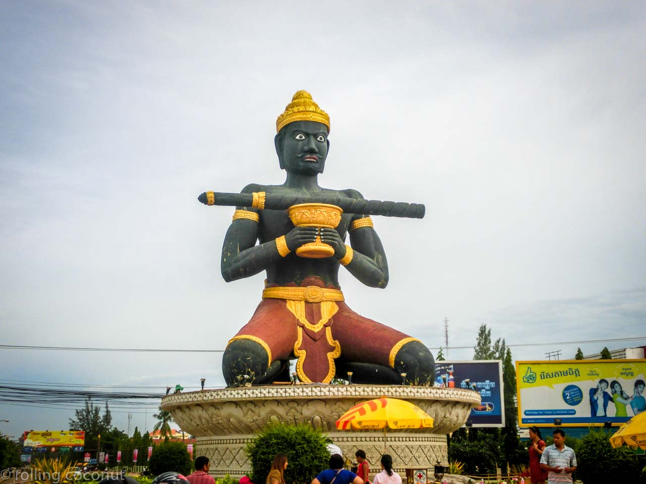 statue battambang cambodia