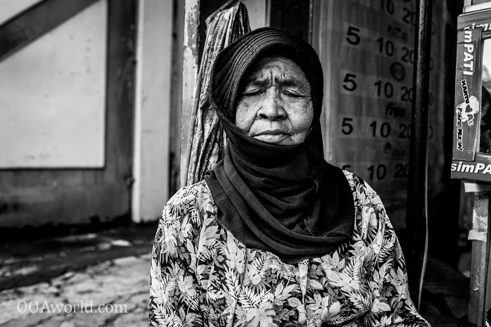 Photo Jogja Woman Portrait Indonesia Ooaworld