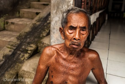 Ubud Portrait Man Bone Bali photo Ooaworld