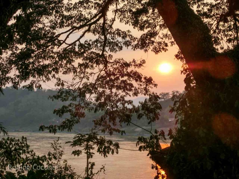 Sunset Mekong Luang Prabang Laos Rolling Coconut Ooaworld Photo Ooaworld