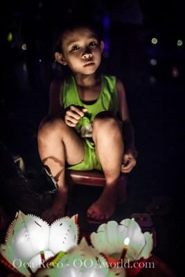 Hoi an Lantern Festival Portrait Green Girl Photo Ooaworld