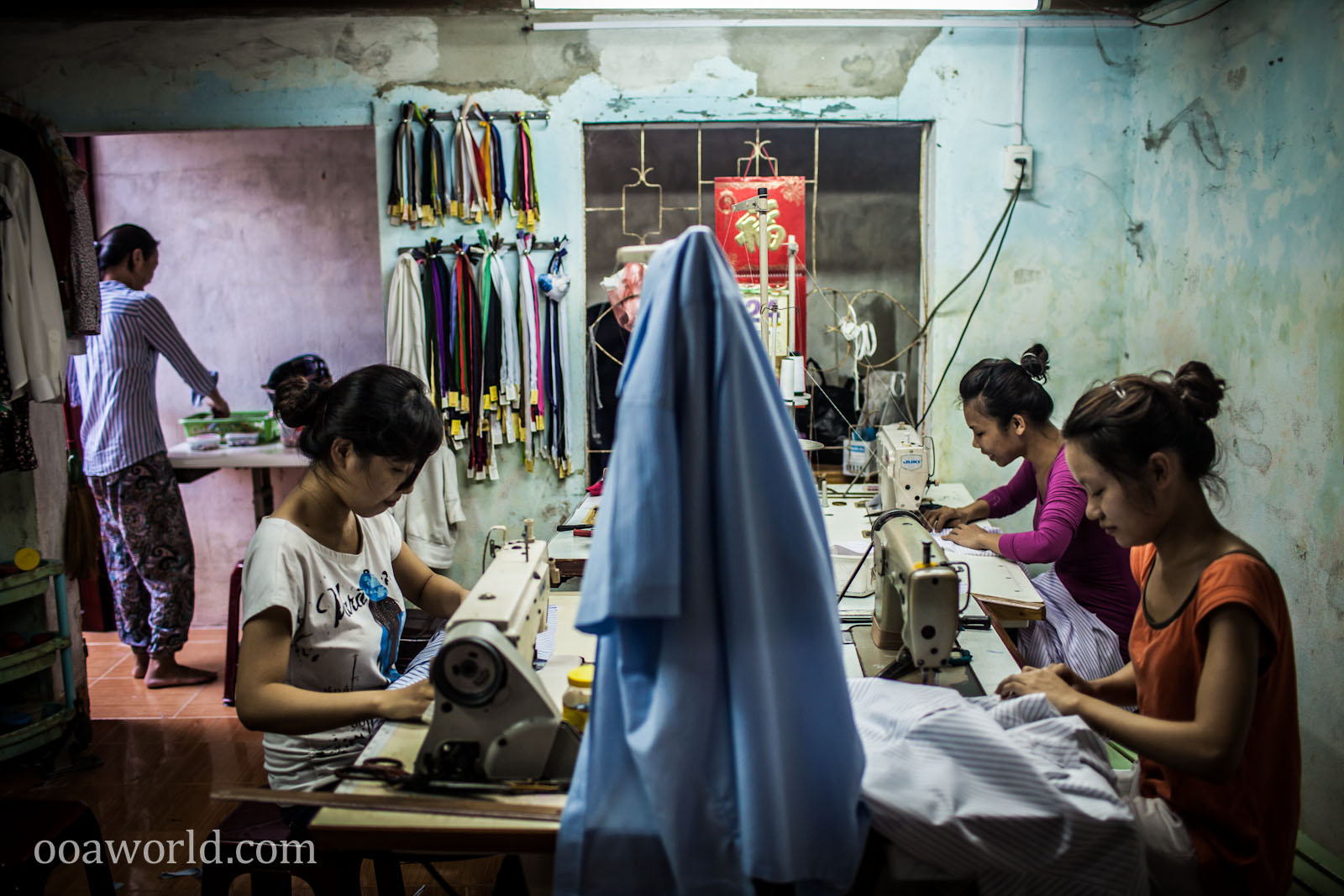 Hoi An Seamstresses Photo Ooaworld