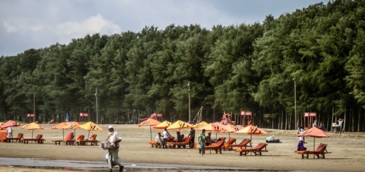 Bangladesh Cox's Bazar Lounge Chairs for Rent and Salesmen ooaworld Rolling Coconut Photo Ooaworld