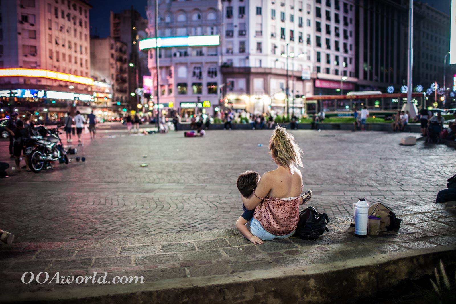 Breast Feeding Obelisk Buenos Aires Photo Ooaworld