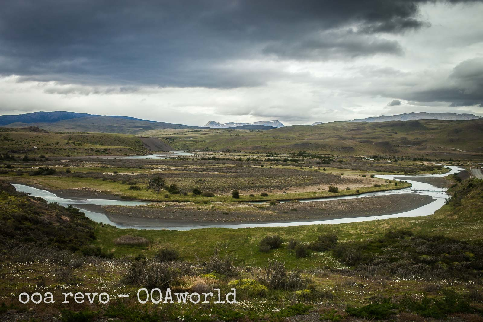 Puerto Natales to Torres del Paine River Photo Ooaworld