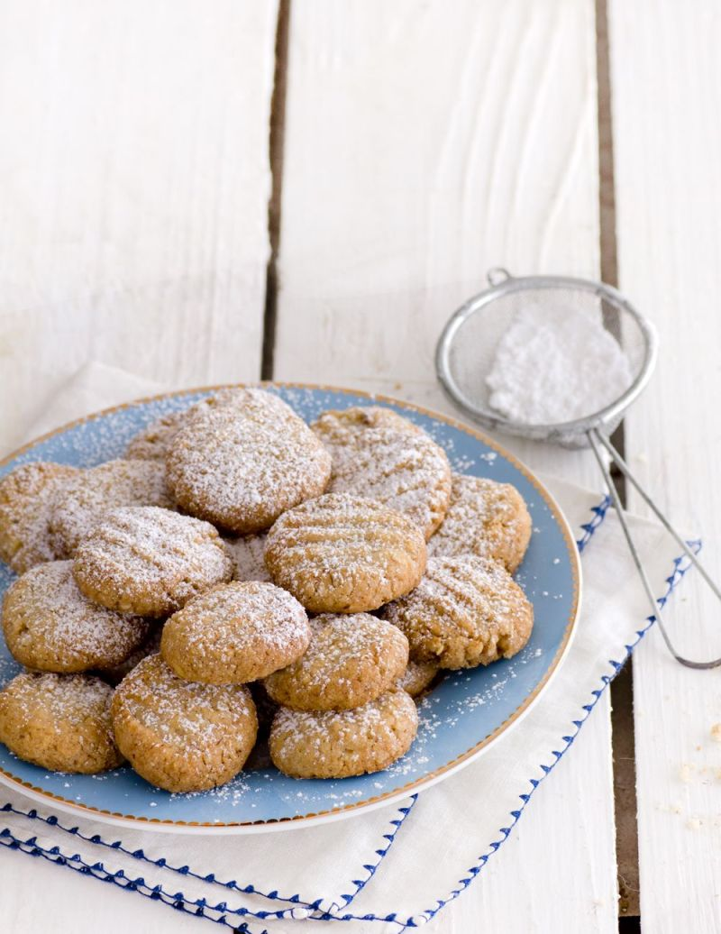 עוגיות חמאה ואגוזים