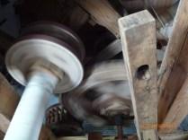 De molen draait.