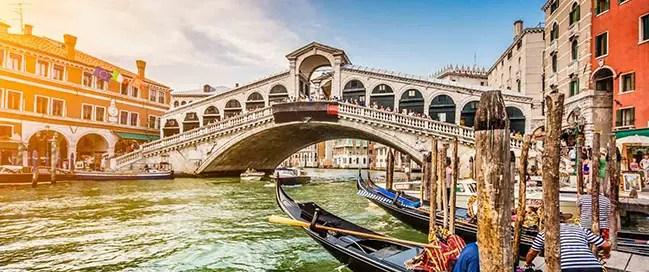 السياحة في إيطاليا - القنال الكبير في فينيسيا