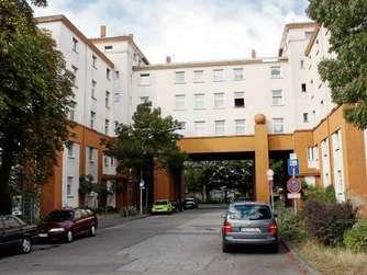 In den großen Wohnungen im Bereichs des Hafentor sollen sich nach Vorstellungen der Baugesellschaft Künstler ansiedeln.