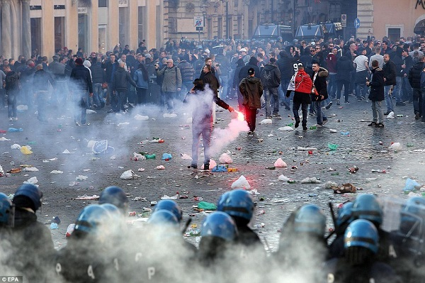 supporters feyenoord in rome