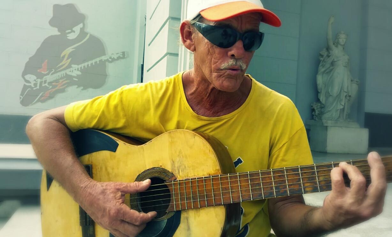Cha-cha-cha Guitar with Rudy Daquín