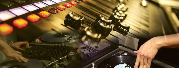 Audio video mixing visual