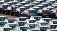 """Redazione, l'auto è ormai un oggetto per ricchi. Le auto non si vendono più Gli operai in cassa saranno licenziati Un operaio dalla repubblica L'auto rimane al palo. E la tanto sbandierata """"ripresina"""" di fatto non esiste. Basta andare a guardare le vendite degli anni precedenti per capire come le vendite di vetture nuove siano sempre in crisi profonda. Intanto le consegne in su del 10,9% riguardano un solo mese, gennaio, quindi sono un dato parziale in raffronto a un intero trimestre. Non possiamo ignorare il fatto che il primo mese dell'anno quasi tutte le società di noleggio hanno […]"""