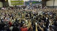 Licenziati 43 lavoratori del trasporto pubblico di San Paolo (Brasile). Multa di 200mila dollari al sindacato Sosteniamo la lotta! I lavoratori della Metropolitana di San Paolo in Brasile hanno scioperato 5 giorni contro il Governatore socialdemocratico Alckmin. Alckmin sta portando avanti da tempo politiche di tagli a privatizzazione del trasporto pubblico ed è coinvolto in un giro di mazzette da parte di aziende come Siemens e Alstom, che beneficiano di queste misure. Questa lotta si è svolta sullo sfondo di una più ampia mobilitazione che dai primi di giugno vede protagonisti lavoratori della scuola e del pubblico impiego metalmeccanici […]