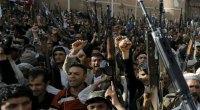 Redazione di operai contro, gli aerei da guerra della coalizione araba a guida saudita hanno bombardato la capitale yemenita nell'intervento militare contro i ribelli sciiti Houthi. I sauditi da sempre al servizio degli USA hanno imparato da questi (gli istruttori degli aviatori sono americani) a bombardare e fare stragi di civili i leccaculo dei padroni nostrani che invocano ad ogni secondo i bombardamenti sono muti Il bombardamento aereo è il vero terrorismo contro i civili Le stragi di civili sono pulite I magistrati italiani incriminerebbero il Sig La Bomba Un lettore