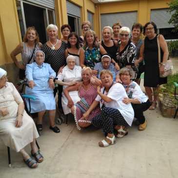 Visita de Antiguas Alumnas a la casa Madre de Alaquàs