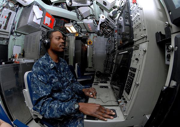 Sonar Technician - Submarine (STS)