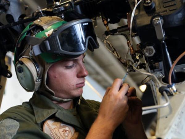 marine corps avionics technician