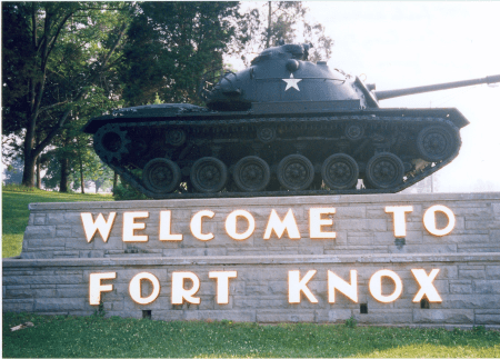 fort knox army base in kentucky