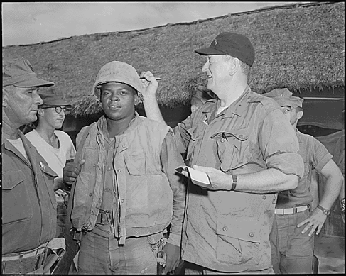 John Wayne visits Vietnam