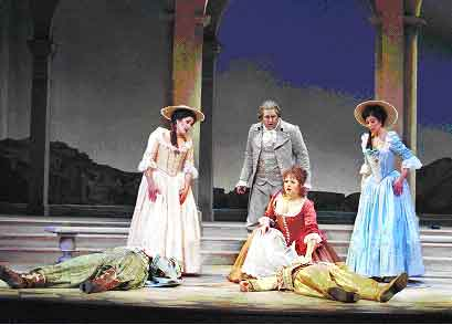 In Così fan tutte, the romantic heroes fake suicides to manipulate they girlfriends into cheating on them. Photo from Sarasota Opera