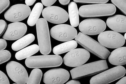 link between crime and opiates