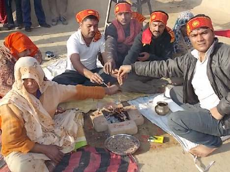 Another Gharwapasi in Agra