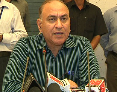 Anil Goswami has admitted to calling up CBI officials dealing with the Saradha case. Source: PTI