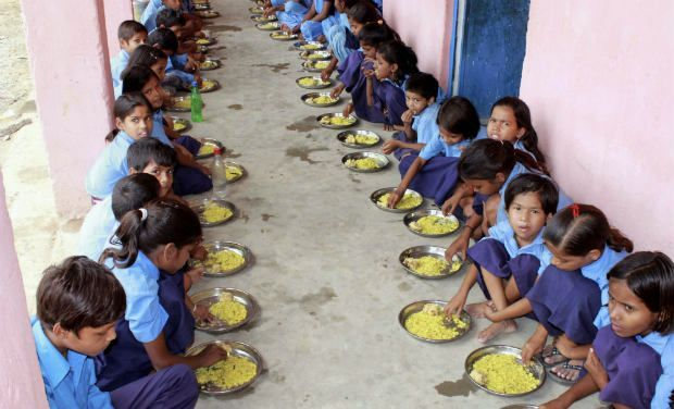 School children having mid day meal