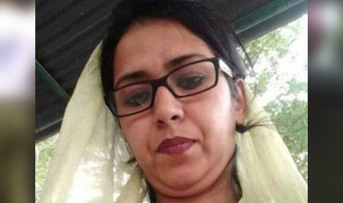 Indian woman forced to marry a Pakistani at gunpoint returns home, here's her story