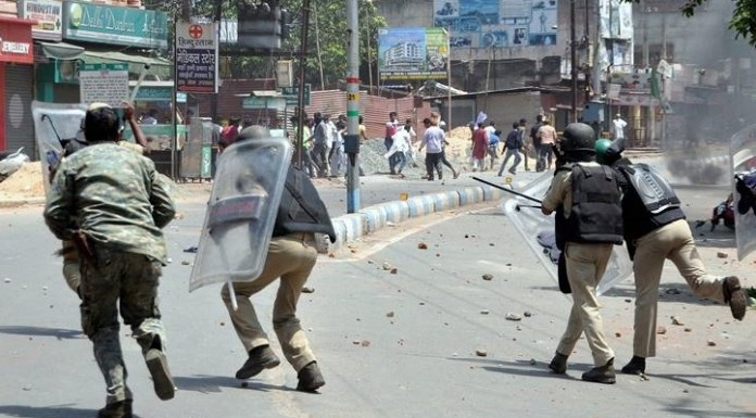 Muslim mob protests