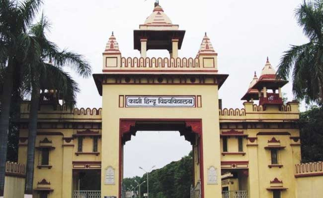 Journalists, politicians share fake image of girls beaten by police in BHU