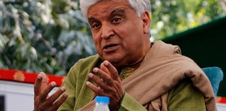 Javed Akhtar abuses columnist who expressed a politically incorrect opinion