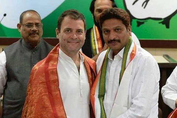 Son of a former Maoist joins the Congress party in presence of Rahul Gandhi