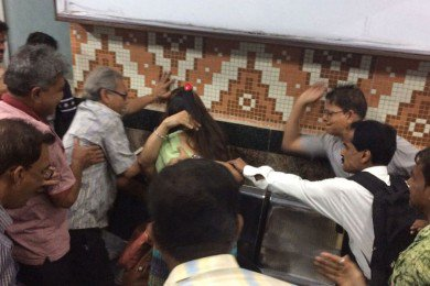 In a now deleted comment, Kolkata Metro seen defending act of beating up couples