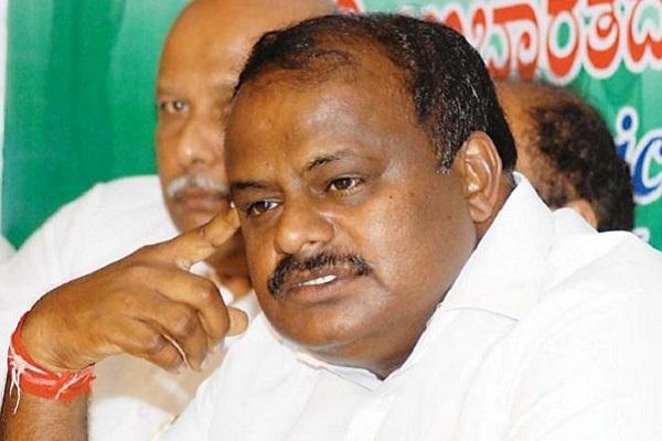 Congress - JD(S) alliance erupts in dissent following announcement of Kumaraswamy's cabinet
