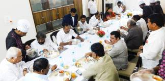 DKS breakfast party with Congress leaders