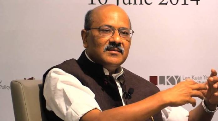 Shekhar Gupta claims protests in Kashmir are Pakistan's best hope, then urges govt to lift restrictions so protests can resume