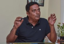 Prakash Raj was welcomed with pro-Modi slogans in Bengaluru