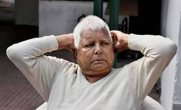Lalu Prasad Yadav offered to pull down grand alliance in Bihar claims Sushil Modi