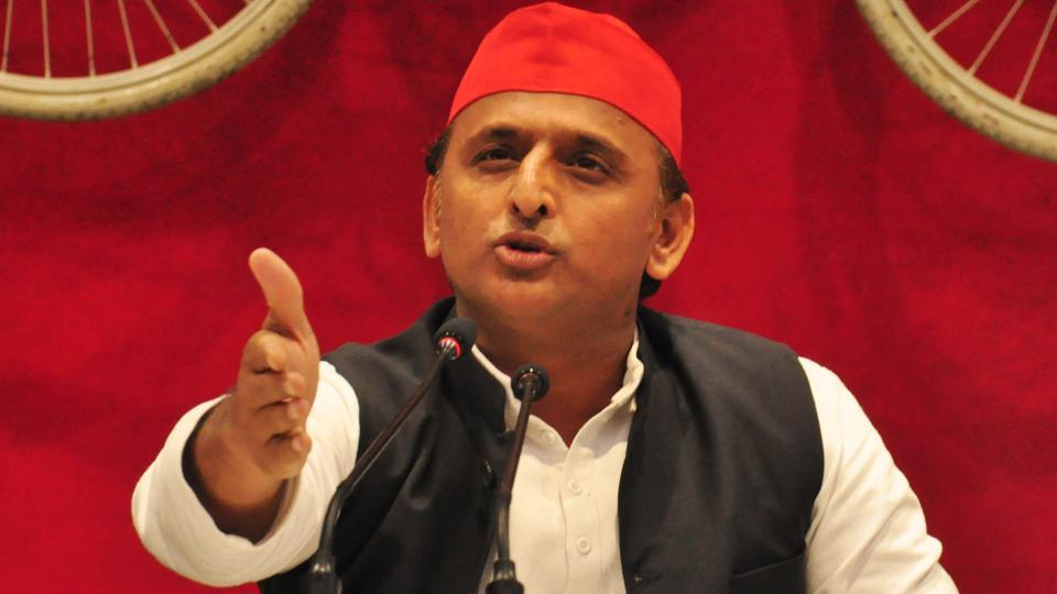 SP chief Akhilesh Yadav dismisses party's TV panellists, asks media houses not to invite any party leader for debates - Opindia News
