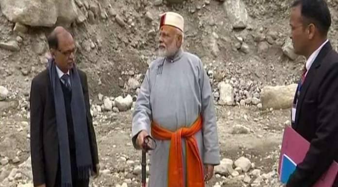 PM Modi's Kedarnath visit mocked by 'secular intellectuals'