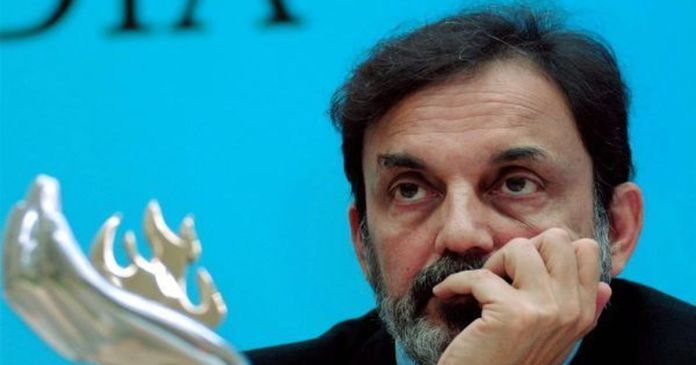 SEBI precludes Prannoy Roy and Radhika Roy from accessing Security Markets and holding any management positions in NDTV for 2 years