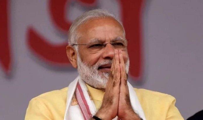 PM Modi mocks Rahul Gandhi's 'late reaction', calls him tube light