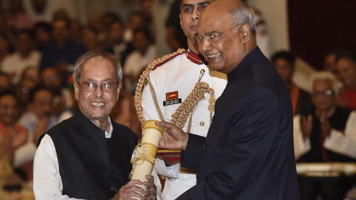 Gandhi family, Dr Manmohan Singh skip Pranab Mukherjee's Bharat Ratna award function