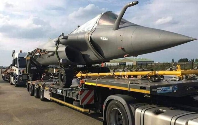 IAF gets the delivery of first Rafale jet from Dassault Aviations