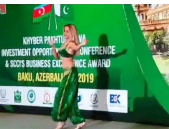 Pakistan hires belly dancers to attract investments